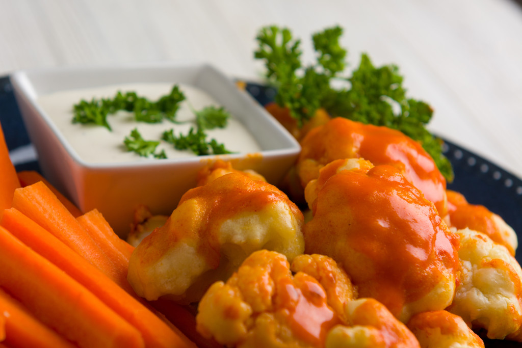 Spicy Baked Buffalo Cauliflower Bites